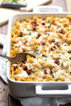 Chicken Bacon Pumpkin Pasta Bake with Caramelized Onions. Yummy! 370 calories. | pinchofyum.com