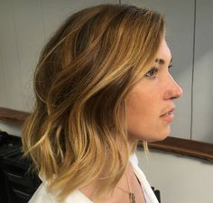 Warm tones adding #highlights and #lowlights to give more dimension  Finished off with a textured haircut. Hair by @haylee_edwardsandco. #edwardsandco #edwardsandcobuddsbeach