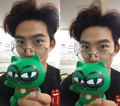 Taecyeon just cannot hide his childlike, playful side in these selfies Aesthetic Beauty, Korean Boy Bands, Korean Actors, Piggy Bank, Actors & Actresses, Sexy Men, Mickey Mouse, Handsome, Kpop