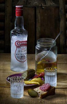 Фотография фотографа - Смирнов Still Life Photos, Still Life Art, Appetizer Salads, Appetizers, Whiskey Bottle, Vodka Bottle, Soviet Art, Dope Art, Still Life Photography