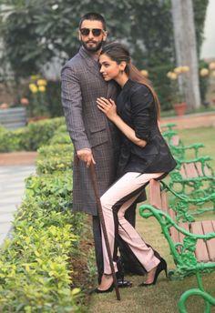 Bollywood buzz: Deepika Padukone, Ranveer and Abhishek Bachchan Bollywood Couples, Bollywood Stars, Bollywood Celebrities, Bollywood Fashion, Bollywood Actress, Indian Celebrities, Deepika Ranveer, Deepika Padukone Style, Ranveer Singh