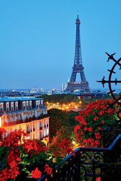 Room 604-605 Hotel Plaza Athenee, Paris