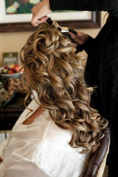 Fairytale Hair and Makeup - Hawaii Hair and Makeup Artists - Glamorous wedding hairstyle with curls for long hair