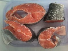 HEALTHY FOOD. Like&Eat Fish Recommended.  SALMON. DO Myself.  CUT Salmon pieces.
