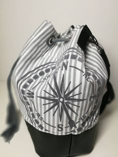 Bucket Bag, Gym Bag, Etsy Shop, Fashion, Artificial Leather, Sewing Patterns, Guys, Scale Model, Bags