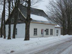 Belle ancestrale datant de 1790 dans le chemin de la Terre-Rouge à St-Apollinaire