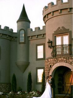 There is a castle in Kuna, Idaho that's used for weddings. It looks nice on the outside, not sure how the inside is. However, all of the reviews I read for it were negative, but they were from two or more years ago, the place might be better now.