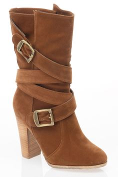 Strap Boots In Chestnut.