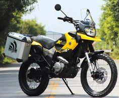 Shineray motorcycle with aluminium panniers