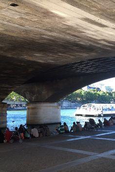 Sous le pont de iena été 2016