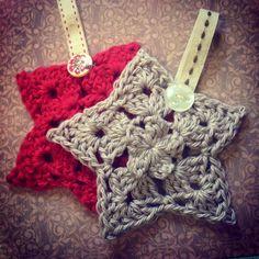 Found at the #sundaysdownunder linky party: #Crochet #Christmas Stars   vickitucklee