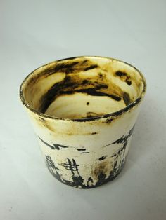 Olia Lamar - Earthenware cup #ceramics