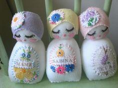 Encantada com tantas bonecas lindas e bichinhos fofos ! Todos de pano ! Já estou com vontade de fazer !!!                                  ...