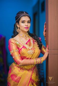 Beauty Pictures: south indian bride in saree Kerala Bride, South Indian Bride, Indian Bridal, Wedding Silk Saree, Tamil Wedding, Bridal Sarees, Wedding Bride, Indian Beauty Saree, Indian Sarees