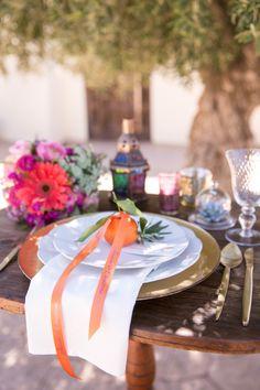 Andalusische Hochzeitsinspiration mit marokkanischen Einflüssen Kathrin Hester http://www.hochzeitswahn.de/inspirationsideen/andalusische-hochzeitsinspiration-mit-marokkanischen-einfluessen/ #wedding #inspiration #tabledecor