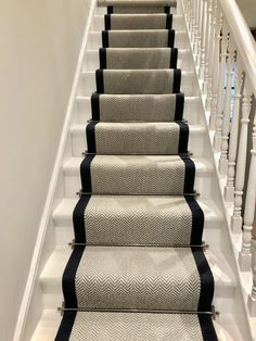 Carpet Installation Is Important To Make Stairs Safer – carpet stairs Navy Stair Runner, Staircase Runner, Stair Runners, Carpet Runner On Stairs, Grey Runner, Hallway Carpet Runners, Carpet Diy, Best Carpet, Carpet Ideas