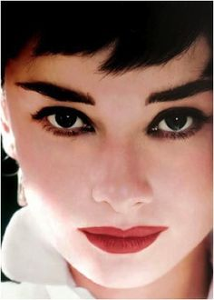Google Image Result for http://www.crowsfeetcupcakesandcellulite.com/wp-content/uploads/2011/11/audrey-hepburn-brown-eyes2.jpg