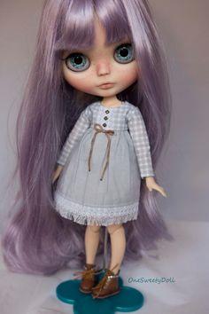 Leela usine Blythe OOAK Cheveux violet lavande par OneSweetyDoll