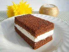 Felie de lapte ~ Bucatar maniac si prietenii Dessert Recipes, Desserts, Vanilla Cake, Fudge, Sweet Recipes, Tiramisu, Biscuits, Caramel, Cooking Recipes