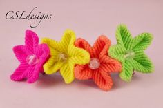 This is a tutorial of how to make an easy macrame flower. You will need six cords of 1-2 metres, depending on the thickness of the yarn you are using. I hope...