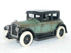 Antique Toy Car ARCADE Mfg. Co Julian Thomas Toys BUICK Diecast Cast Iron Metal