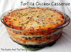 Tortilla Chicken Casserole - (Layers that come together in minutes for a scrumptious Southwest supper)e top! Tortilla Chicken Casserole - (Layers that come together in minutes for a scrumptious Southwest supper) Think Food, I Love Food, Good Food, Yummy Food, Tasty, Casserole Recipes, Chicken Casserole, Chicken Tortilla Casserole, Vegetarian Casserole