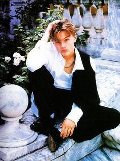 Young Leonardo DiCaprio (romeo+juliet)