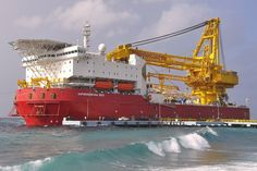 Wow!! SapuraKencana 3500 is an ABS DP3 Self Propelled Heavy Lift Pipe Laying vessel equipped with 3500 Metric Ton Crane.
