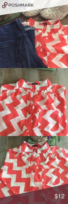 Coral Chevron Top Coral and White chiffon chevron print top - Size Small - Meant to fit looser and longer - Roll tab sleeves - Great condition - No fading, tears, or marks. Flare Jeans and Lace Booties also available in my closet, bundle and save 10% off your order total! 🤑🛍 {🚫🚬🚫🐶} Tops Blouses
