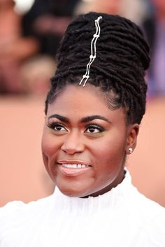 Indique Fave and all-around stunner Danielle Brooks looked amazing last month at the SAG Awards. Stylish hair adornments are trending hard right now. Let us know if you've ever tried a look like this in the comments!