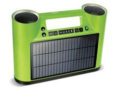 Rukus Solar ist ein tragbares Bluetooth-Soundsystem mit Solarmodul. Das Rukus Solar bietet erstmals die Kombination von drei innovativen Technologien: Bluetooth, einem hocheffizienten monokristallinen Solarmodul und einem E Ink-Display - und bietet so drahtlose Musikübertragung und maximale Mobilität, damit man den ganzen Tag Musik hören kann.