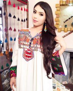 Stylish Dresses, Simple Dresses, Plus Size Dresses, Fashion Dresses, Women's Fashion, Afghani Clothes, Afghan Girl, Rajputi Dress, Indian Designer Suits