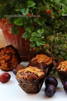 mufinki ze sliwkami2 Tarts, Muffins, Miami, Cupcakes, Breakfast, Food, Mince Pies, Morning Coffee, Pies