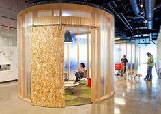 Zonas cerradas en Stand para reuniones con externos. Oficinas AOL
