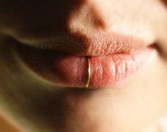 Super cute - delicate gold lip ring