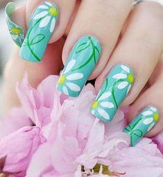White Floral Gorgeous Fashion Nail Design