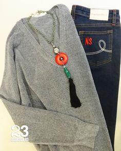 Jersey de punto terciopelo y vaqueros #Newmanstyle en #23CB en Lagasca 83. www.facebook.com/23CBCristinaBarrilero