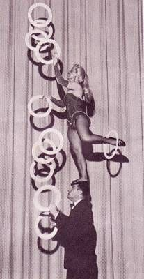 Gus & Ursala Juggling Act