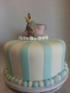 Dumbo Baby Shower cake!