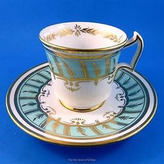 Stunning-Royal-Chelsea-Gold-Design-on-Pale-Sea-Green-Tea-Cup-and-Saucer-Set