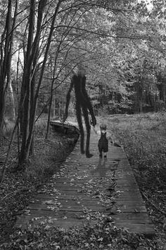 Let your imaginary friend take your inner child on a nice walk today. You never know what joys you might find. ( :/ that looks like slenderman. Creepy Horror, Creepy Art, Creepy Stuff, Arte Horror, Horror Art, Halloween Vintage, Ange Demon, Creepy Pictures, Mystique