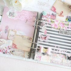 Je me suis éclatée toute la journée à créer sur mon planner @heidiswapp avec le papier @primamarketinginc ! Et voilà le résultat, canon, n'est ce pas? ❄⛄💕 #diy #handmade #primamarketing #heidiswapp #planneraddict #planning #agenda #calendar #washitape #creatrice #lyon #blogger #frenchblogger #rose #pink #girl #plannergirl #plannercommunity #plannerlove #steampunk #dreamcatcher #black #memories #journal #inspiration