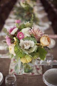 Pretty ornamental kale flower arrangement #flowerarrangement