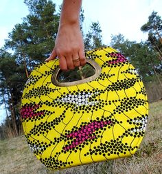 Find more of these at Afrimood.com (http://afrimood.com/accessories-1/bags/clutch-bags.html)
