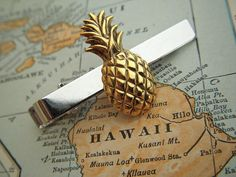 3498222ef541 Pineapple Tie Clip Vintage Inspired Gold Silver by CosmicFirefly, $28.00  Gold Pineapple, Vintage Cufflinks