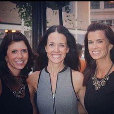 All Smiles #nationalsisterday #sisterlove #smilesinthecity #sistersmakemesmile