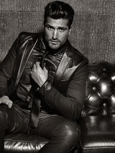 Full Leather on a Leather couch = SO DAMM HOT !!!!