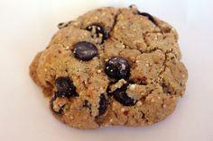 Toasted Quinoa & Hemp Vegan Chocolate Chip Cookie from Sugar Beak Bakery www.sugarbeakbakery.com