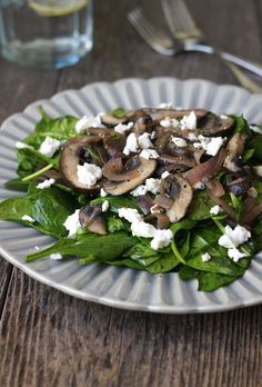 Warm Mushroom & Spinach Salad. A perfect salad for enjoying during the colder months!