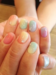 Spring Pastel Nail Art Designs 9 / http://www.meetthebestyou.com/pastel-nail-art-ideas-for-spring/